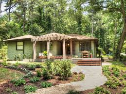 Ranch House Curb Appeal How To Add Curb Appeal To Your Yard Hgtv