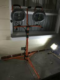 Hdx Dual Work Light Hdx 1000w Halogen Twin Head Tripod Work Light Model Xg 1036b 9