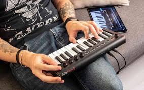 <b>iRig</b> Keys 2 Mini — компактное дополнение к линейке <b>MIDI</b> ...