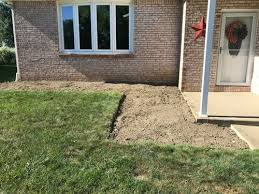 building a retaining wall on uneven ground