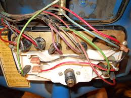 clusterback jpg 4610 instrument panel wiring yesterday s tractors i have a 4610 series ii the cluster is 4610 ford tractor wiring schematic