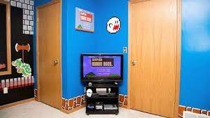 Incredible 'Super Mario' Themed Bedroom by Dustin Carpenter - Decor Report