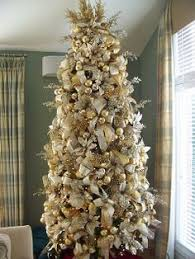 white and gold christmas tree decorations KEa5ORil