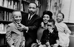 home martin luther king jr an extraordinary life biography king