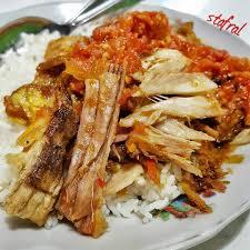 Sebagai contoh sederhana adalah soto. 15 Makanan Khas Surabaya Yang Harus Kamu Coba