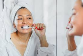 Cosmetic Dentist's 5-Step Nightly Oral Care Routine | Well+Good