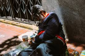 street photography essay homelessness in america edge of  san francisco san francisco the america homeless