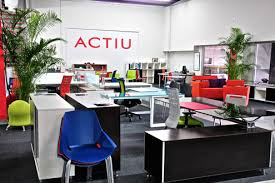 actiu witnessed at first hand the evolution of the family business systronics from puerto rico who began their career in 1976 selling just one product actiu furniture