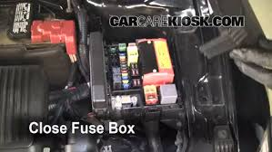 replace a fuse 2006 2012 mitsubishi eclipse 2006 mitsubishi 6 replace cover secure the cover and test component