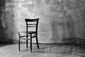 Legno Bianco Nero : La sedia davanti alla finestra uni info news