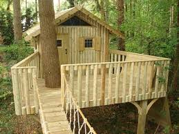 Simple Tree House Plans   Simple Tree House Ideas That Can Be Easy For You  To Create   treehouse   Pinterest   Simple tree house, Tree house plans and  Tree ...