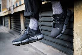 the nike pocket knife dm black grey is available now the model and more with nike by following the banner below