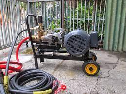 Những điều cần chú ý khi sử dụng máy rửa xe áp lực cao   Máy rửa xe phun áp  lực cao chất lượng tại Hà Nội