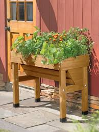 outdoor gardening everyday gardeners outdoor gardening pots planters and boxes for container gardening gardenerscom