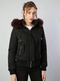 <b>Женские Куртки</b>   Colin's