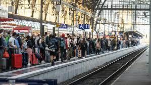 Db fahrplan und deutsche bahn fahrplanauskunft. Bahnstreik 2021 Aktuell Gdl Streik Drei Von Vier Fernzugen Entfallen Db Verspricht Erstattungen Sudwest Presse Online