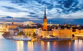 19 Unique Stockholm Kronleuchter
