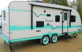 Diy travel trailer Storage Gulfstream Travel Trailers Floor Plans How Much Can You Tow With Types Diy Travel Fakrubcom Airstream Trailer Floor Plans Niente House Plans Inspiration