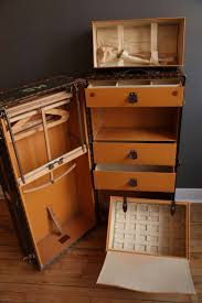 Steamer Trunk Furniture 82 Best Steamer Trunks Images On Pinterest Steamer Trunk