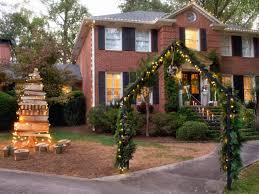 Outside Window Decorations 15 Diy Outdoor Holiday Decorating Ideas Hgtvs Decorating