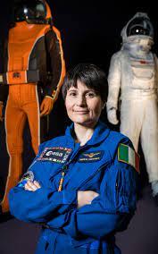 Perché Samantha Cristoforetti lascia l'Aeronautica?