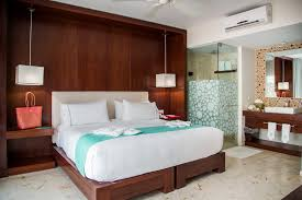 Room Rate Based From 2 To 4 People