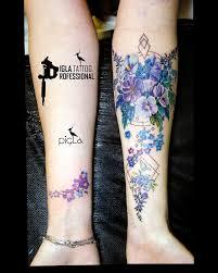 женское тату от Piglatattoo Studio