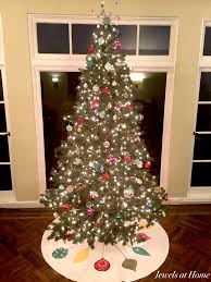 Learn How To Make A Macaroni Christmas Tree  Find Fun Art At Home Christmas Tree