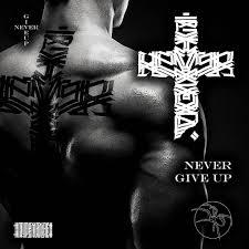 новый свободный эскиз татуировки Never Give Up в переводе