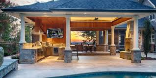 Improve Your Pool Experience With An Outdoor Kitchen