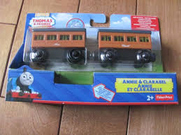 thomas the train friends annie and clarabel light up wooden railway dfw81 new