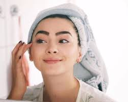 either way it is important to look after yourself so that you look healthy and beautiful even without makeup you will soon know the best ways to look good