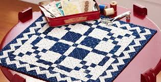 Two-Color Quilt is Stunning for Table or Wall - Quilting Digest & Time and Again Mini Quilt Pattern Adamdwight.com