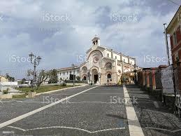 Pietrelcina Kirche Der Heiligen Familie Stockfoto und mehr Bilder von  Arkade - iStock