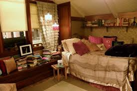 Aria Montgomery Bedroom