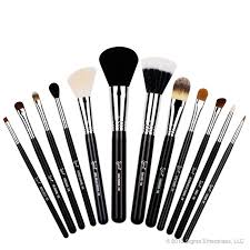 sigma beauty essential kit by sigma beauty 12 makeup brushes the sigma beauty essential kit conns twelve professional quality brushes for the face and