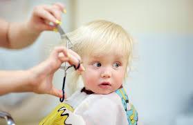 赤ちゃんの散髪はどうする その時期やコツヘアカットグッズを紹介
