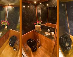 Mobile Bathroom Rental Decor