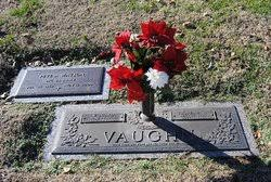Willard Vaughn Sr. (1922-2000) - Find A Grave Memorial