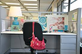 Work Desk Decoration Ideas Chic Cubicle Decor Decorating Tips