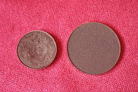 swatches mac pro pan refill 0 05g vs make up for ever artist shadow 0 07g