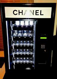 Gift Card Vending Machines New Chanel Gift Vending Guests Were Given Black Gift Cards Which Were