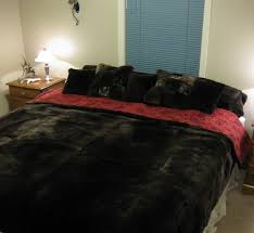 i also make custom couch throws and queen and king size blankets please contact me for es