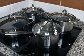 cast iron on glass top stove best cookware for glass top stoves p enamel cast iron