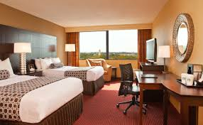 Hotel Rooms In Boston Crowne Plaza Boston Newton - Double bedroom