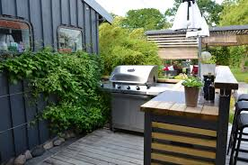 Bobby Flay Outdoor Kitchen 5 Tips For Designing An Outdoor Kitchen Long Island Pulse Magazine