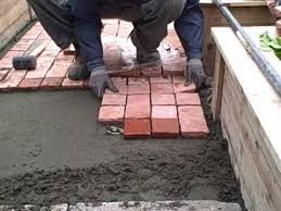 installing cobblestone patio pavers in