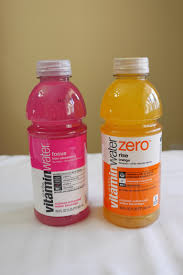 vitamin water while soda s are plummeting yip vitamin water s are booming vitamin water entered the market in 2000 and has been growing in