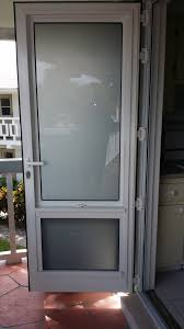 pic tradewinds door with obscure glass closed