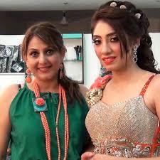 meenakshi dutt makeovers a world cl bridal studio and salon at punjabi bagh new delhi